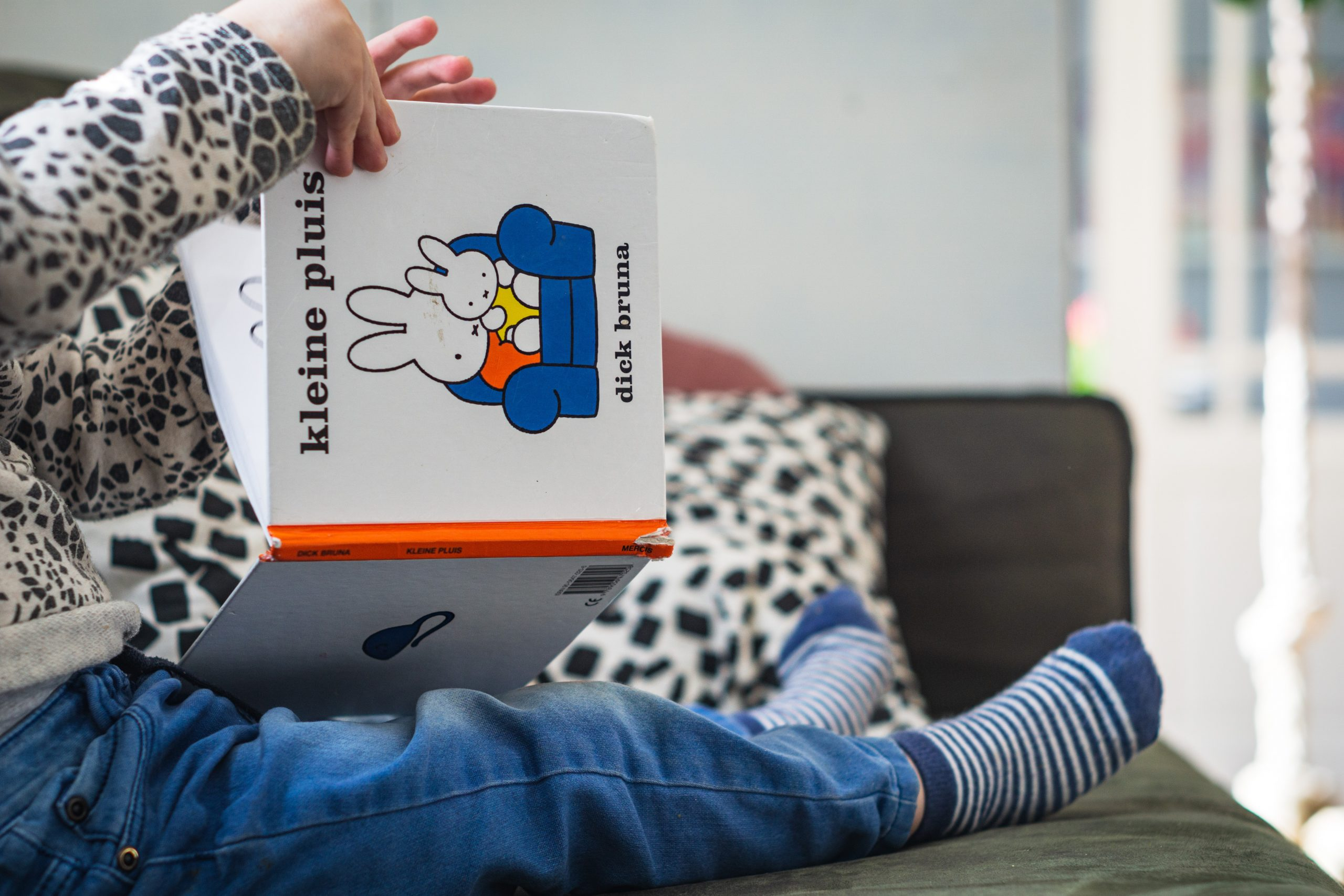 5 Tips for Reading to an Overactive Child